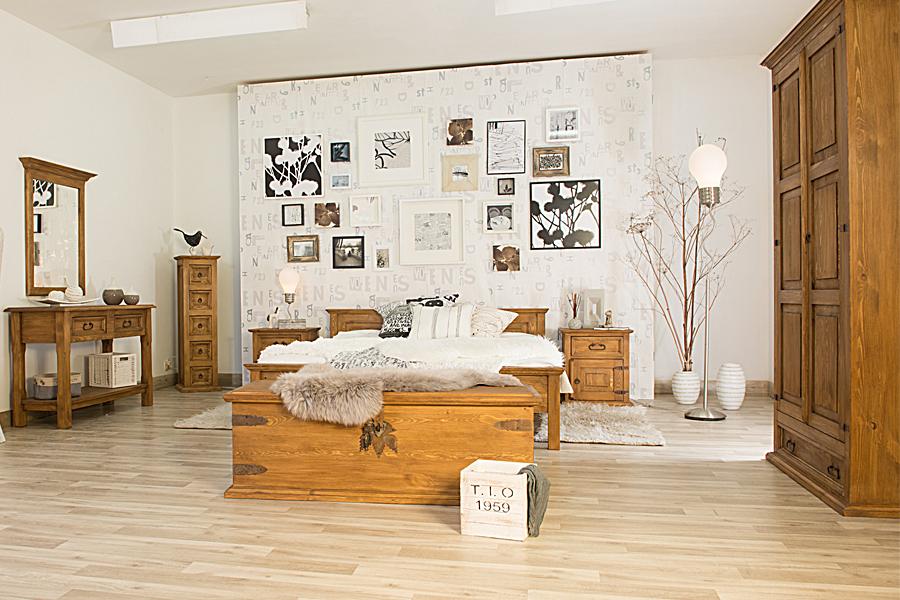 Stylowa drewniana sypialnia