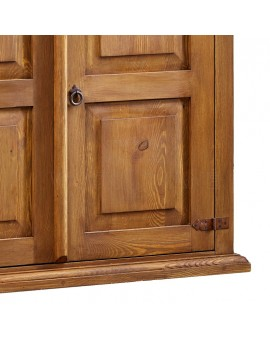 kredens z drewna